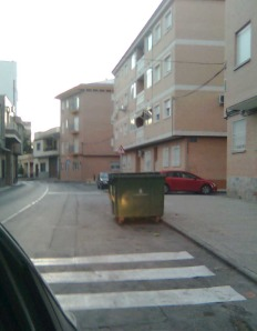 Contenedor Calle Algezares